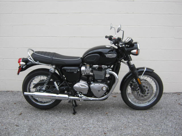 2018 Triumph Bonneville T120 Black Chesapeake Cycles