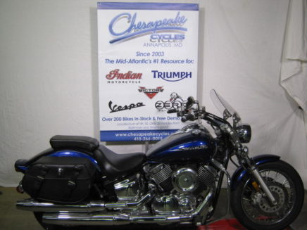 Used-yamaha-vstar-1100-blue