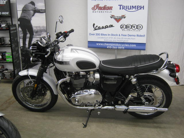 2020-triumph-diamond-t120