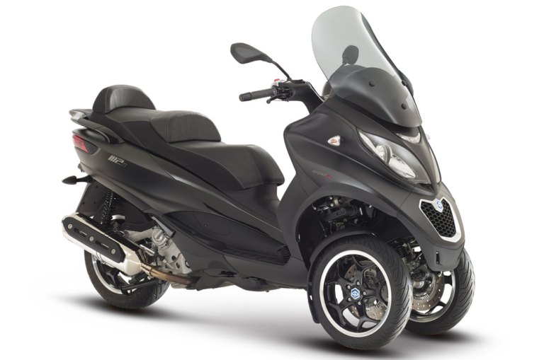 MY18 Piaggio MP3 Sport 500 Stock Image