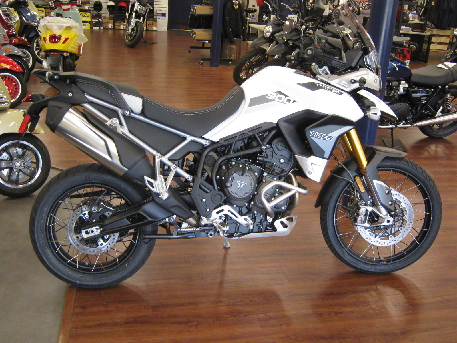 triumph-motorcycles-tiger-900-rally-pro