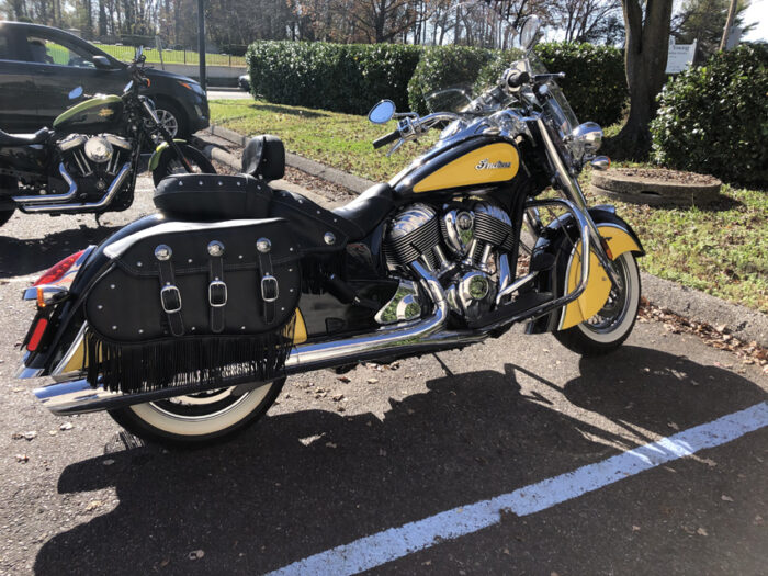 2019 Indian Chief Vintage Icon Black and Yellow