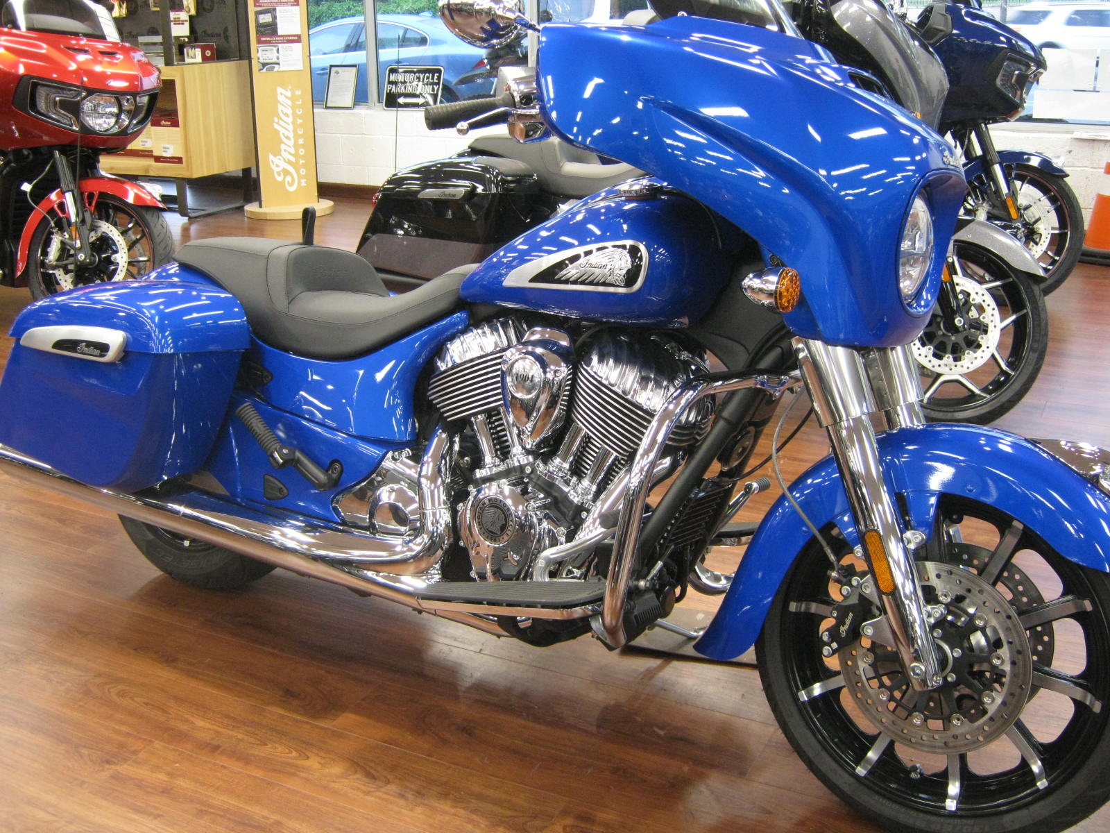 2021-indian-chieftain-blue